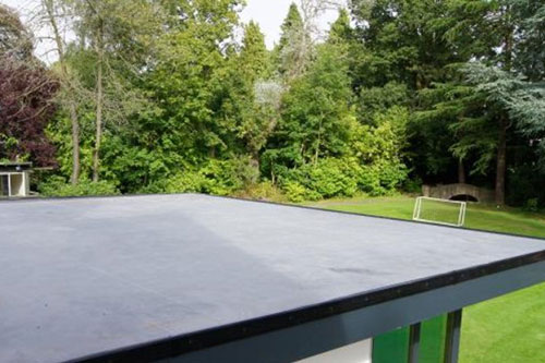 Rubber EPDM Flat Roof Installation 2 t